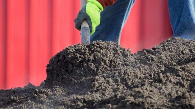 堆肥を施す